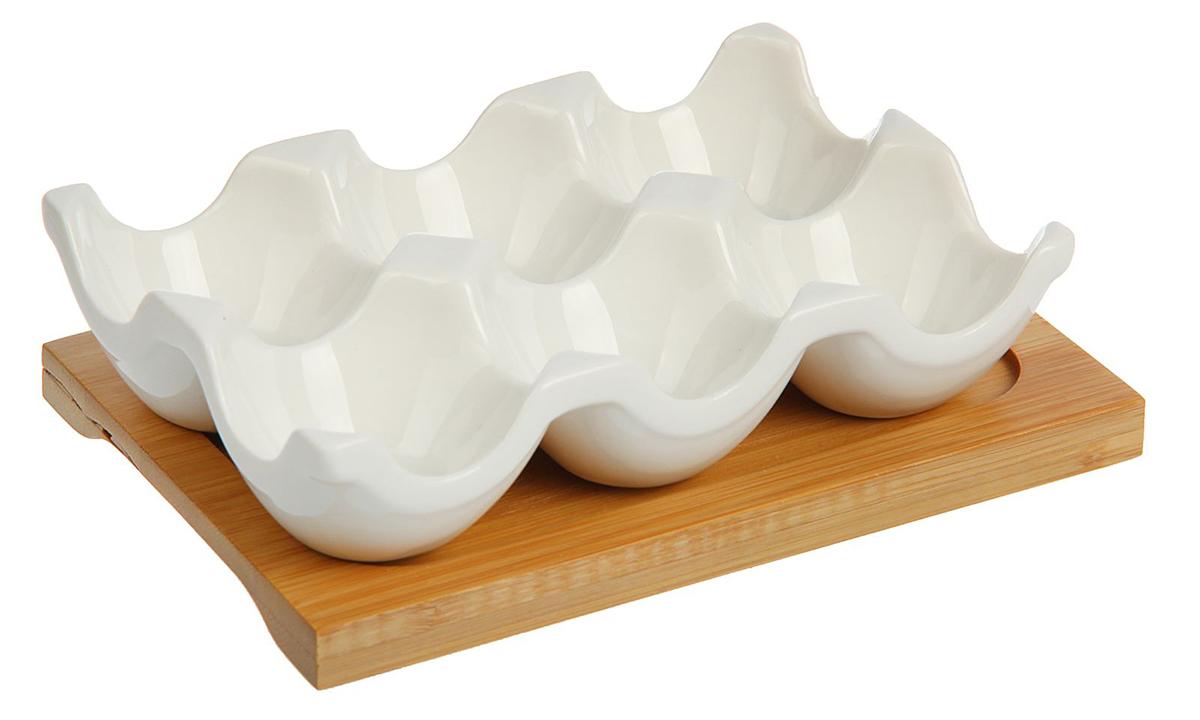 """От качества посуды зависит не только вкус еды, но и здоровье человека. Подставка для 6 яиц """"Эстет"""" — товар, соответствующий российским стандартам качества. Любой хозяйке будет приятно держать его в руках. С данной посудой и кухонной утварью приготовление еды и сервировка стола превратятся в настоящий праздник."""