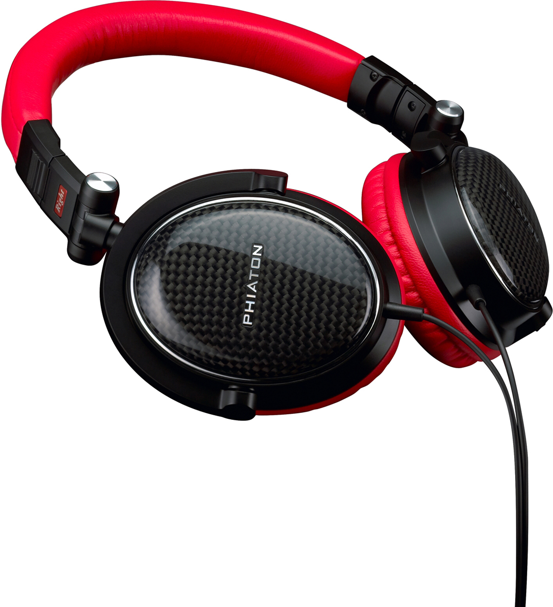 Phiaton MS 400, Red наушникиPPU-HP0400RL02MS400 - это новый класс наушников невероятно смелым дизайном, пышными красными деталями и качеством звука мирового уровня: вы услышите все задуманные нюансы и ноты вашей музыки. У наушников MS 400 мягкие подушечки из шелковистой кожи, которые позволят вам носить их долгое время без «усталости слуха». Вы будете окутаны великолепным звуком: мягкие подушечки обеспечивают отличную звукоизоляцию. Уникальная закрытая конструкция наушников гарантирует превосходное качество звука. Как у всех наушников Phiaton, у модели MS 400 съёмные подушечки, которые можно поменять в случае потери или повреждения. Наушники MS 400 очень прочные и ультралёгкие, конструкция из графитового волокна, которое использует во многих автомобилях класса «Люкс», часах и других изделиях) крайне долговечна и при этом выглядит привлекательно и современно. Динамики : Studio Grade 40 ммСопротивление: 32 Ом Диапазон частот: 15 Гц ~ 22,000 Гц Чувствительность: 98 дБ Макс. Мощность: 1000 мВт Длина кабеля: 1.2 м Вес: 185г