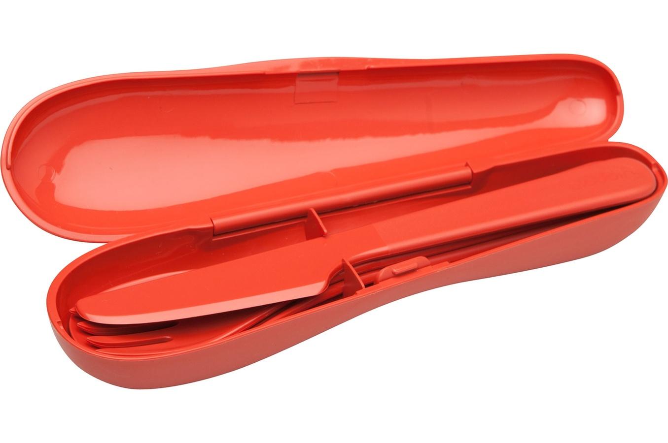 Набор столовых приборов туристический Aladdin Papillon, цвет: красный, 3 шт10-01374-025- красныйНабор Aladdin Papillon состоит из ложки, вилки и ножа. Изделиявыполнены из прочного пищевого пластика. Его удобно использовать на даче,брать с собой на пикники и в поездки.Пластиковая посуда не разобьется и будет служить вам долгое время. Изделиялегко моются,гигиеничны, не накапливают запахов. Можно мыть в посудомоечной машине.