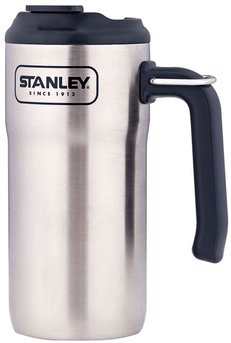Термокружка Stanley Adventure, цвет: стальной, 470 мл10-01901-004Термокружка для туриста с удобной эргономичной ручкой и кольцом-креплением к рюкзаку. Объем - 0,47л. Корпус и внутренняя колба - из нержавеющей стали. Наружное покрытие -абразивостойкая эмаль. Вакуумная (двустенная) изоляция. Герметичная крышка с защитой от пролива. Термокружка сохраняет тепло и холод в течение 3 часов, напитки со льдом - 20 часов. Подходит для мытья в посудомоечной машине. Совместима с подстаканником в автомобиле. Пожизненная гарантия.