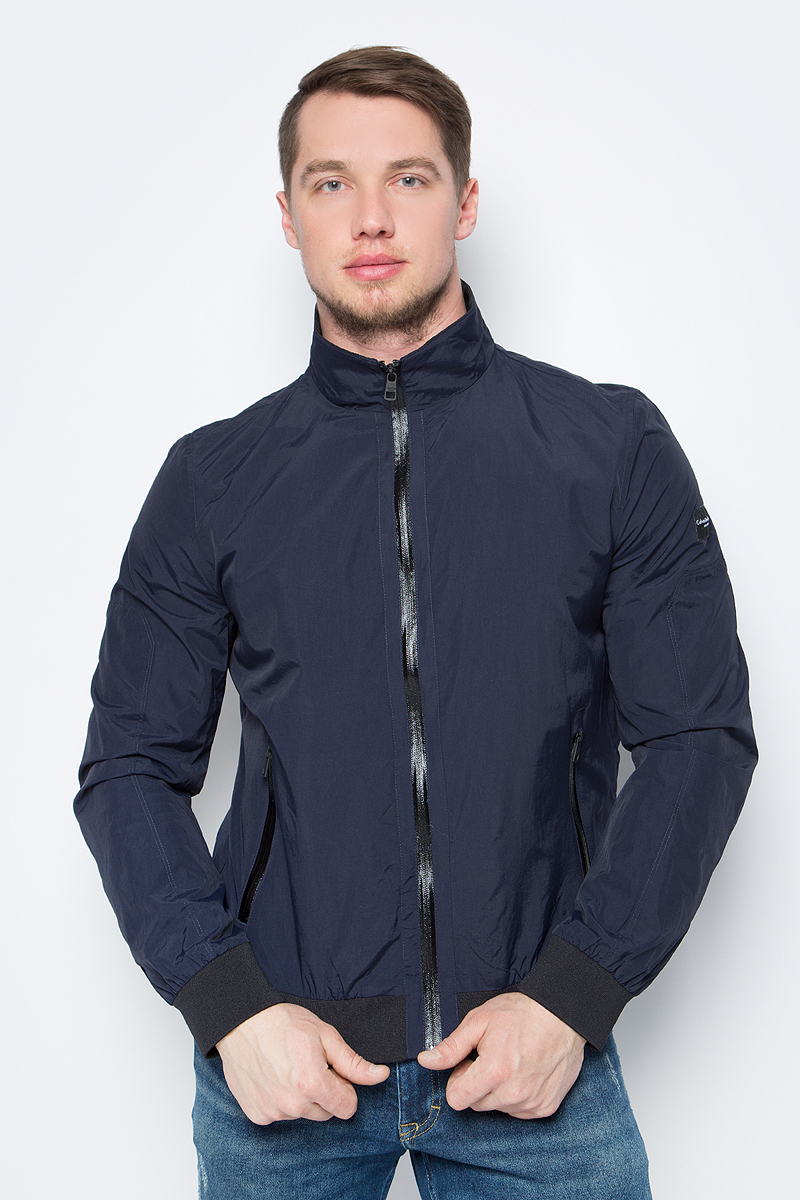 Куртка мужская Calvin Klein Jeans, цвет: синий. J30J304899_4020. Размер L (48/50)J30J304899_4020