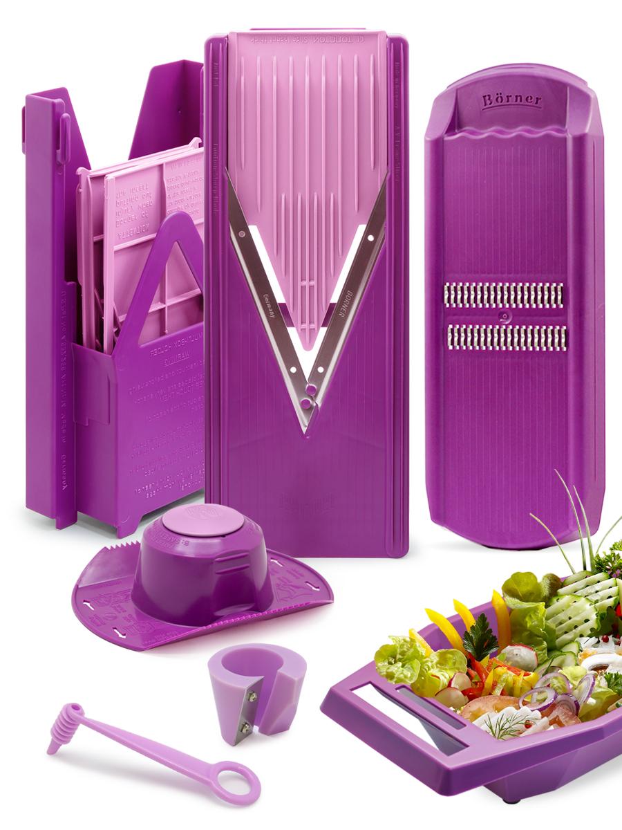 Овощерезка Borner комплект Классика Экстра, цвет: сиреневый, 10 предметов1704666Borner Классика Экстра из 10-ти предметов – это набор самых востребованных тёрок для работы на кухне каждый день. Комплект собран с максимальной эффективностью, в него входят самые популярные в мире модели тёрок: овощерезка Классика (основной нож-рама, 3 вставки и плододержатель) + мультибокс для хранения острой овощерезки и её вставок + овощерезка Роко-Тренд для нарезки типа корейская морковь + судок, который создаёт особое удобство при нарезании и чистоту во время нарезки, а так же два декоратора для создания украшений: точилка для моркови и нож-декоратор. С этим набором вы сможете сделать как минимум 18 видов различной нарезки: от стандартных и нужных каждый день во время готовки ломтиков, кубиков и брусочков разного размера, до стружки, спирали и тонкой соломки из овощей и фруктов. Точилка для моркови и нож-декоратор позволят мгновенно и очень оригинально украсить любые блюда. Все подробности и рецепты есть в приложенных инструкциях.Легендарная немецкая Тёрка Бёрнера представлена в России с 1991 года и известна во всём мире своими великолепными острыми ножами с микросеррейторной заточкой. Заводская гарантия на заточку ножей - это безупречная переработка 3-х тонн овощей. Вся продукция завода BORNER GmbH - это эталон настоящего немецкого качества, безупречной надёжности и высоких мировых технологий: идеальный выбор для современной кухни.