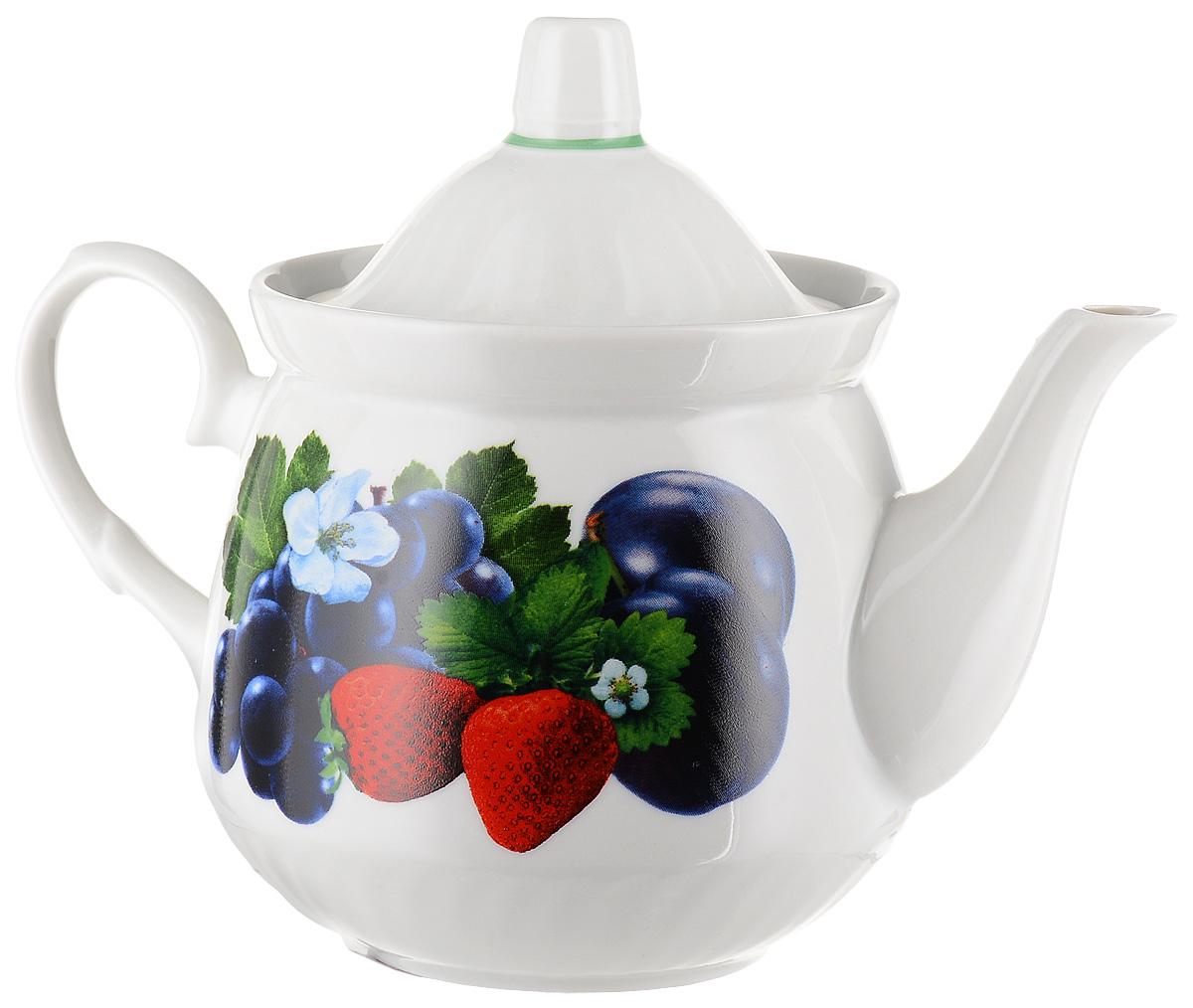 Чайник заварочный Кирмаш. Ассорти, 550 мл. 13039541303954_арбузЗаварочный чайник Кирмаш. Ассорти изготовлениз высококачественного фарфора. Изделие оформлено ярким рисунком. Такой чайникидеально подойдет для заваривания чая. Онхорошо держит температуру, что способствуетболееполному раскрытию цвета, аромата и вкуса чайногобукета. Изделие прекрасно дополнит сервировку стола кчаепитию и станет его неизменным атрибутом. Диаметр (по верхнему краю): 10 см.Высота чайника (без учета крышки): 10,5 см.