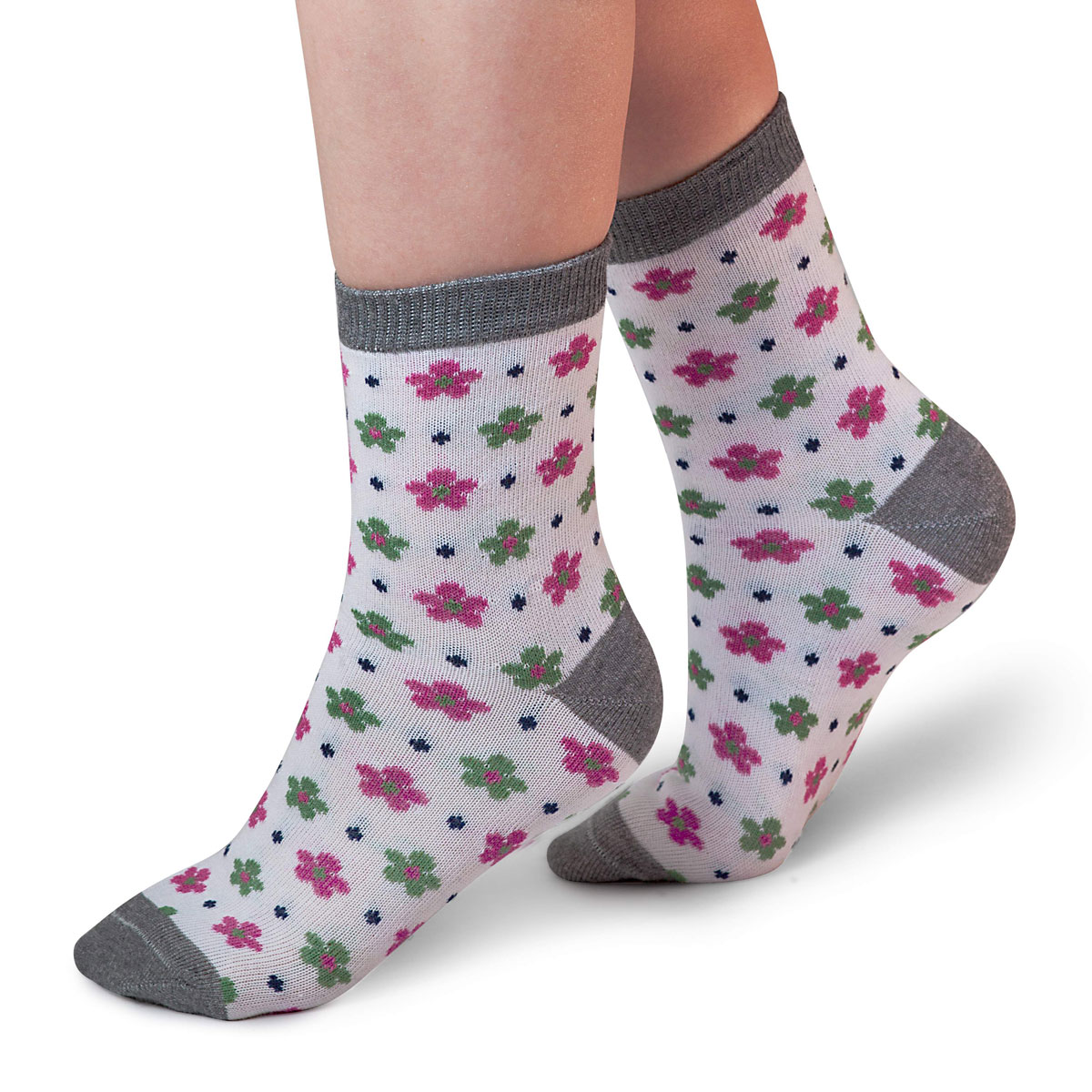 Носки для девочки Idilio, цвет: белый, зеленый. SG08. Размер 30/32SG08Комфортные носки для девочек с добавлением экологически чистого хлопка, изготовленные без применения химических красителей.
