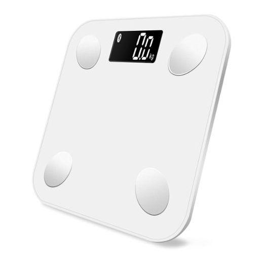 Умные весы MGB Body Fat Scale Glass Edition, цвет: белый511224MGB Body fat scale Glass Edition – стильные напольные весы от бренда MGB. Главное отличие модели Body fat scale от традиционных весов в расширенной функциональности и возможности сопряжения с мобильными устройствами. Умные весы автоматически передают статистику взвешиваний в фирменное приложение AiFit. Возможности программы позволяют проследить изменения веса в динамике, проанализировать статистику, рассчитать индекс массы тела.Технические характеристики: Наименование товара: Body fat Scale Glass Edition. Тип: Бытовые Bluetooth-весы. Страна-производитель: Китай. Размер: 260 x 260 x 23 мм. Тип шкалы: Цифровой. Отслеживаемые данные: Вес, жир (%), гидратация (%), мышцы (%), костная масса (%), ИМТ, калории. Единицы измерения: kg/lb/st:lb.Шаг измерения: 0,1 кг. Максимальный вес: 150 кг. Материал платформы: Стекло. Дисплей: 65 x 28мм. Автоматическое включение / выключение, индикация разряда батареи и перегрузки. Подсветка. Элементы питания: 4 х 1.5V AAA батареи (в комплекте). Функция памяти: 10 пользователей.