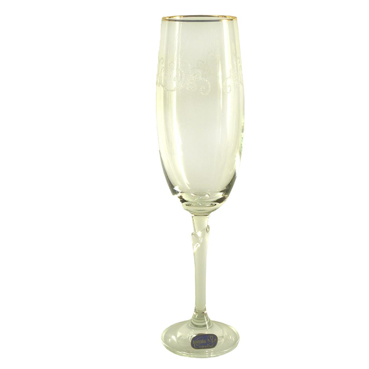 """Набор бокалов для шампанского Bohemia Crystal коллекции """"Бриджита"""" изготовлен из хрустального высококачественного богемского стекла, славящегося своим высоким качеством. Бокалы декорированы золотой отводкой и узором """"Кружева"""" и выполнены на ножке с дизайном в виде стебля растения. Коллекция """"Бриджита"""" - это изысканный дизайн для особенной сервировки стола. Объем бокала 190 мл. Количество в упаковке 6 шт."""