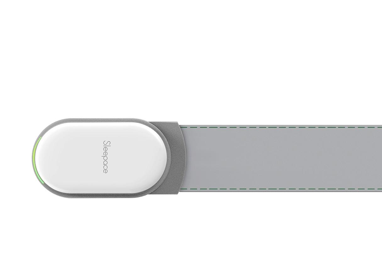 Умный трекер для анализа сна SleepAce RestOn, цвет: светло-серыйZ400TНеносимый умный трекер сна RestOn всесторонне и точно отслеживает параметры сна:устройство тщательно собирает данные, анализирует качество сна и дает индивидуальныерекомендации по его улучшению.Отслеживание частоты сердечных сокращений. Отслеживание частоты дыхания. Отслеживание цикла сна. Отслеживание движений во время сна. Отслеживание температуры воздуха. Отслеживание влажности воздуха. Устройство фиксирует время засыпания и фактическую продолжительность сна. Ваш личный консультант: в приложении пользователю предоставляются индивидуальныерекомендации по улучшению качества снаРазмер датчика: 10,5 x 9 x 1 см. Ремень: 88 x 6,5 x 0,2 см. Вес: 150 г. Батарея: 1500 mAh Lithium-ion. Срок работы батареи: до 30 дней. Bluetooth: V4.0. Дальность связи: до 10 м. Совместимость: Android 4.3 +, iOS7 +.