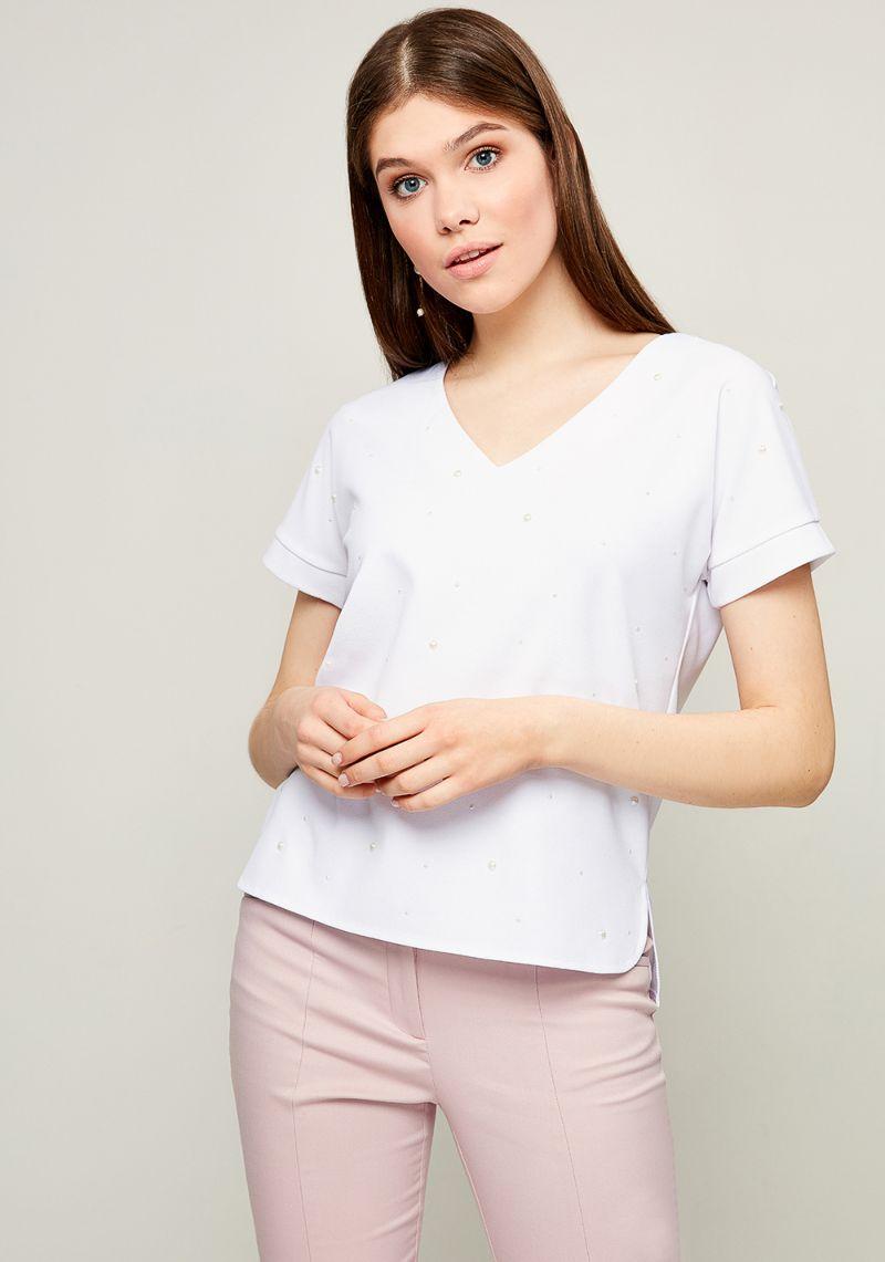 Блузка женская Zarina, цвет: белый. 8123504404001. Размер S (44)8123504404001Блузка от Zarina выполнена из высококачественного эластичного полиэстера. Модель с короткими рукавами и V-образным вырезом горловины спереди декорирована бусинами.