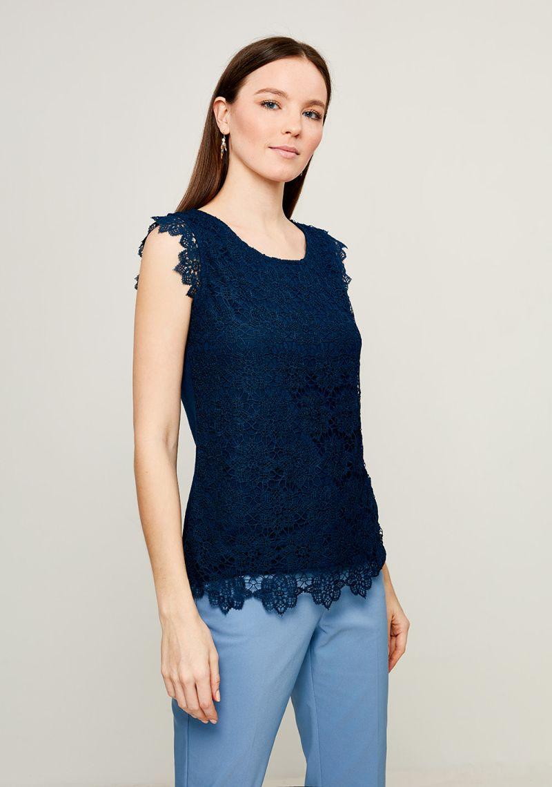Блузка женская Zarina, цвет: синий. 8123510410040. Размер L (48)8123510410040Блузка Zarina выполнена из высококачественного материала. Модель с круглым вырезом горловины и без рукавов, дополнена ажурным плетением.