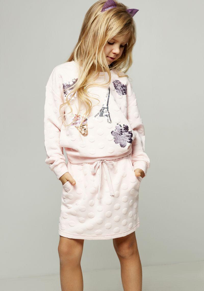 Джемпер для девочки Zarina, цвет: розовый. 8122515415090D. Размер 1348122515415090DДжемпер для девочки Zarina выполнен из полиэстера с добавлением висозы и эластана. Модель с круглым вырезом горловины и длинными рукавами оформлена стильными вышивками из пайеток. Джемпер дополнен эластичными резинками по низу и на манжетах рукавов.