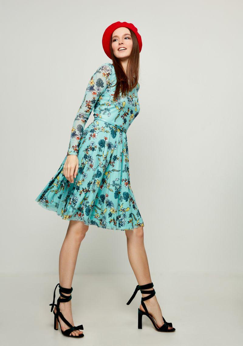 Платье Zarina, цвет: бирюзовый. 8123024524008. Размер 428123024524008Стильное платье от Zarina выполнено из полупрозрачного материала на подкладе. Модель с длинными рукавами и круглым вырезом горловины на талии дополнена тонким ремешком.