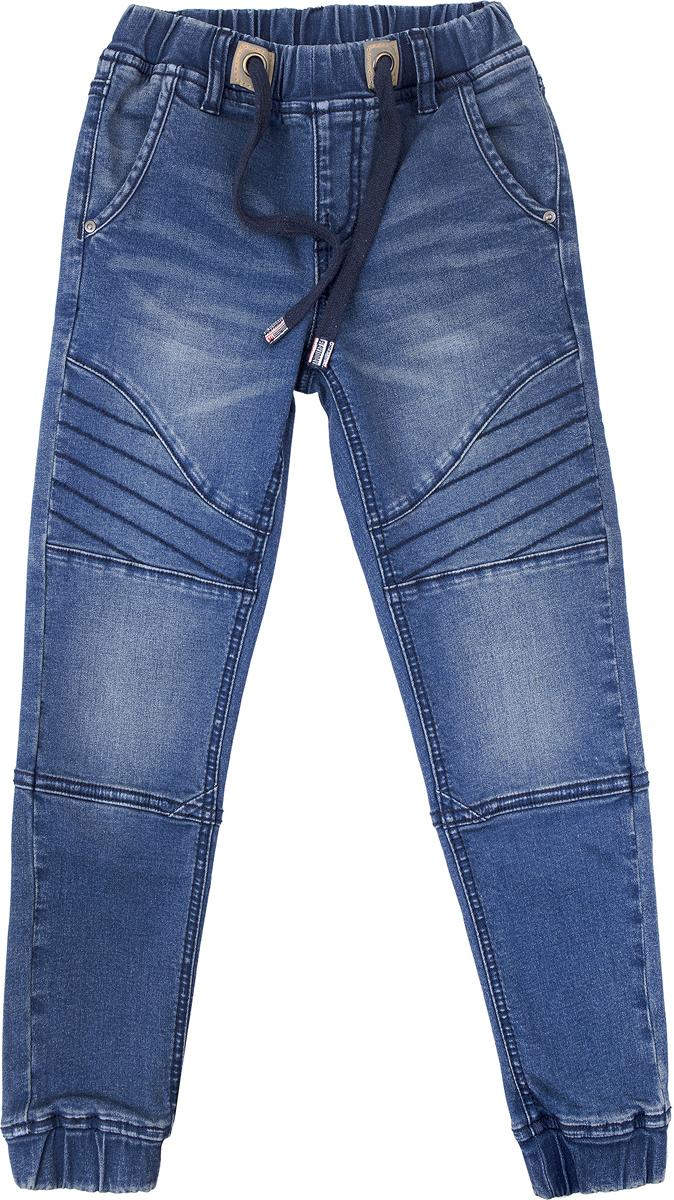Джинсы для мальчика PlayToday, цвет: темно-синий. 181008. Размер 110181008Брюки - джинсы выполнены из натуральной хлопковой ткани с добавлением эластана. Классическая модель, со шлевками. При необходимости можно использовать ремень. Изнутри предусмотрена регулировка по талии. В качестве декора использованы потертости.