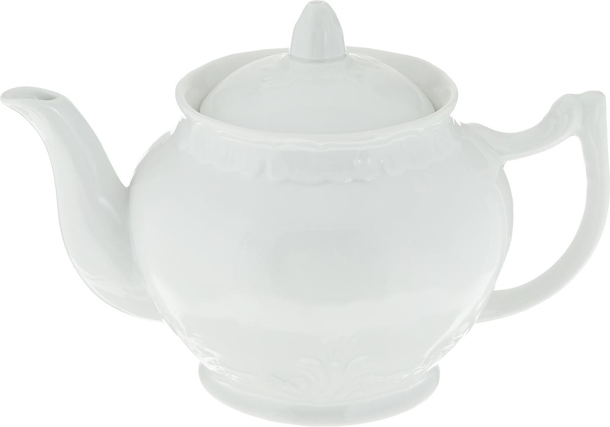 Чайник заварочный Фарфор Вербилок. 1475000Б1475000БДля того чтобы насладиться чайной церемонией, требуется не только знание ритуала и чай высшего сорта. Необходим прекрасный заварочный чайник, который может быть как центральной фигурой фарфорового сервиза, так и самостоятельным, отдельным предметом. От его формы и качества фарфора зависит аромат и вкус приготовленного напитка. Именно такие предметы формируют в доме атмосферу истинного уюта, тепла и гармонии. Можно ли сравнить пакетик с чаем или растворимый кофе с заварными вариантами этих напитков, которые нужно готовить самим? Каждый их почитатель ответит, что если применить кофейник или заварочный чайник, то можно ощутить более богатый, ароматный вкус этих замечательных напитков.