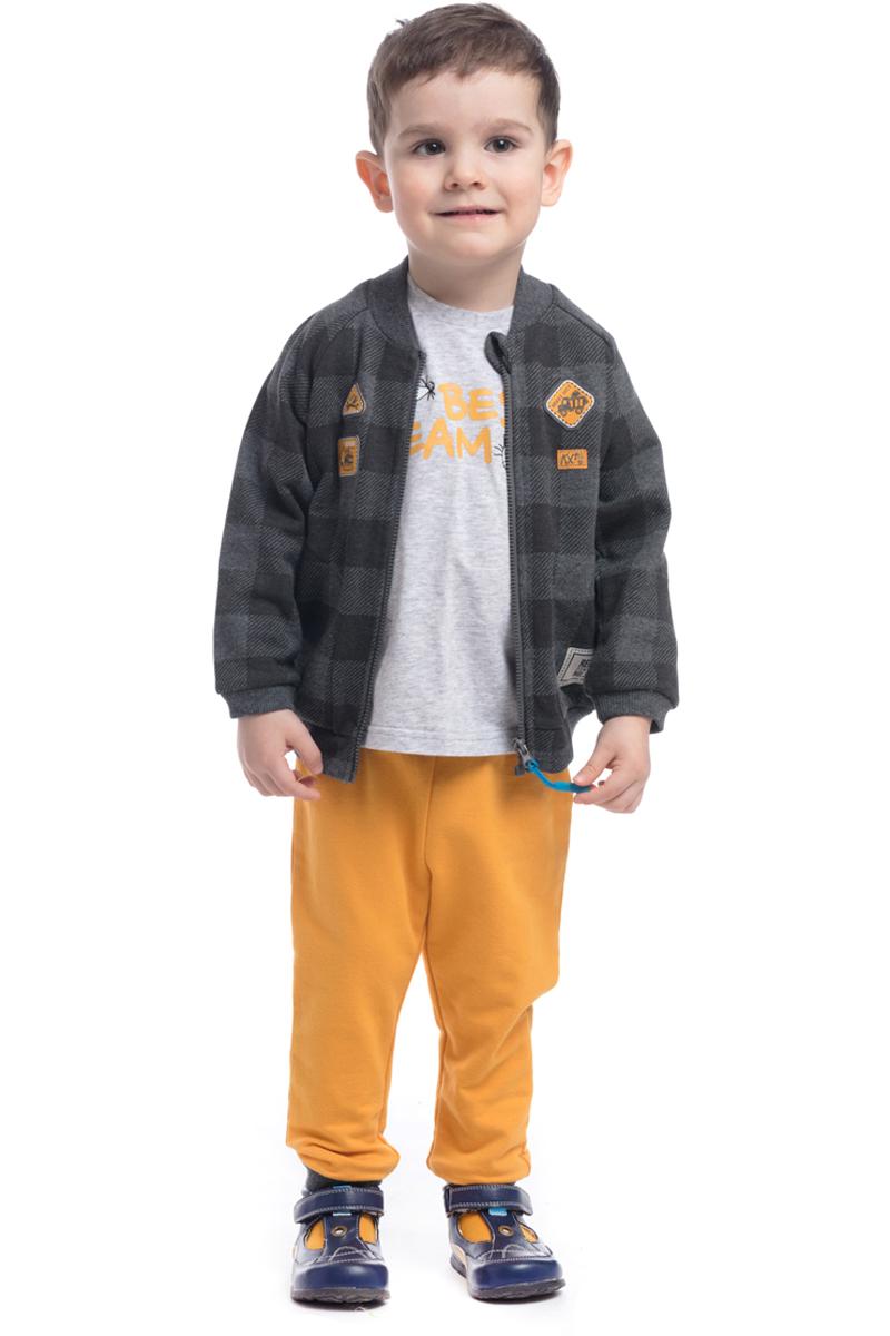 Толстовка для мальчика PlayToday, цвет: серый желтый. 187015. Размер 92187015Толстовка PlayToday выполнена из натуральной хлопковой ткани. Модель с длинными рукавами застегивается на застежку-молнию. Толстовка оформлена нашивками и дополнена карманами.