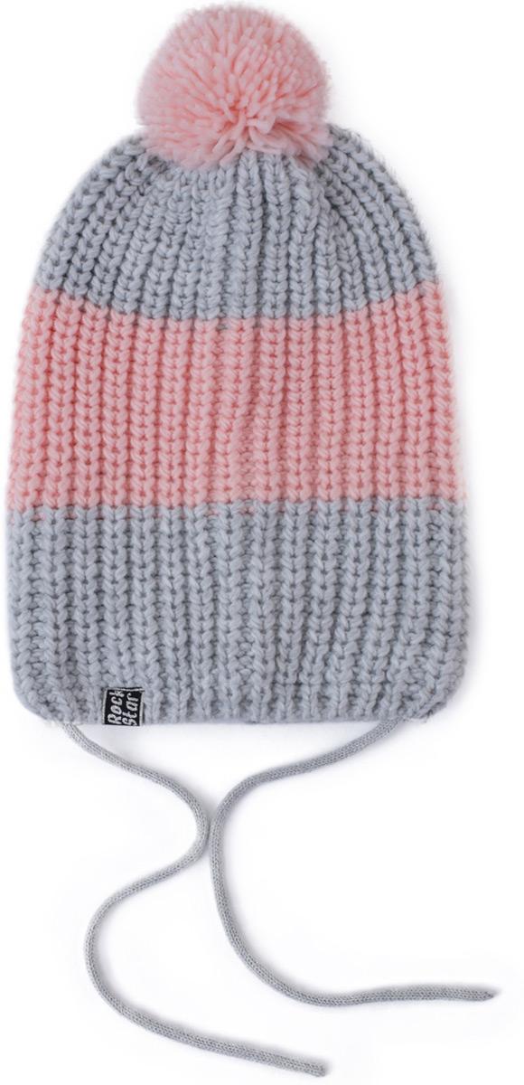 Шапка для девочки PlayToday, цвет: светло-розовый, светло-серый. 182027. Размер 56182027Шапка крупной вязки, на завязках. Подкладка из флиса на области ушей, лба и затылка. Шапка декорирована помпоном.