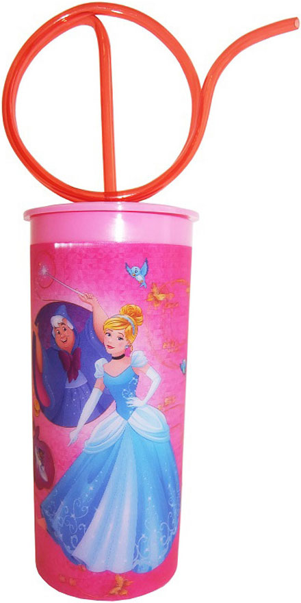 """Стакан Disney """"Принцессы"""" - это очень удобно и безопасно, так как этот материал не бьется. Изделие декорировано красочным изображением любимых мультипликационных героев, что обязательно понравится малышу и сделает стакан его самым любимым."""