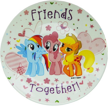 Hasbro Набор детской посуды My Little Pony 3 предметаMLPS3-1Красивый набор My Little Pony выполнен из качественной керамики и будет приятным украшениям стола для вашего ребенка. Подходит для ежедневного использования. Яркий красочный дизайн привлечет внимание малыша и сделает прием пищи веселым занятием.В комплект входят: тарелка- 19 см, миска- 19 см, кружка - 240 мл.