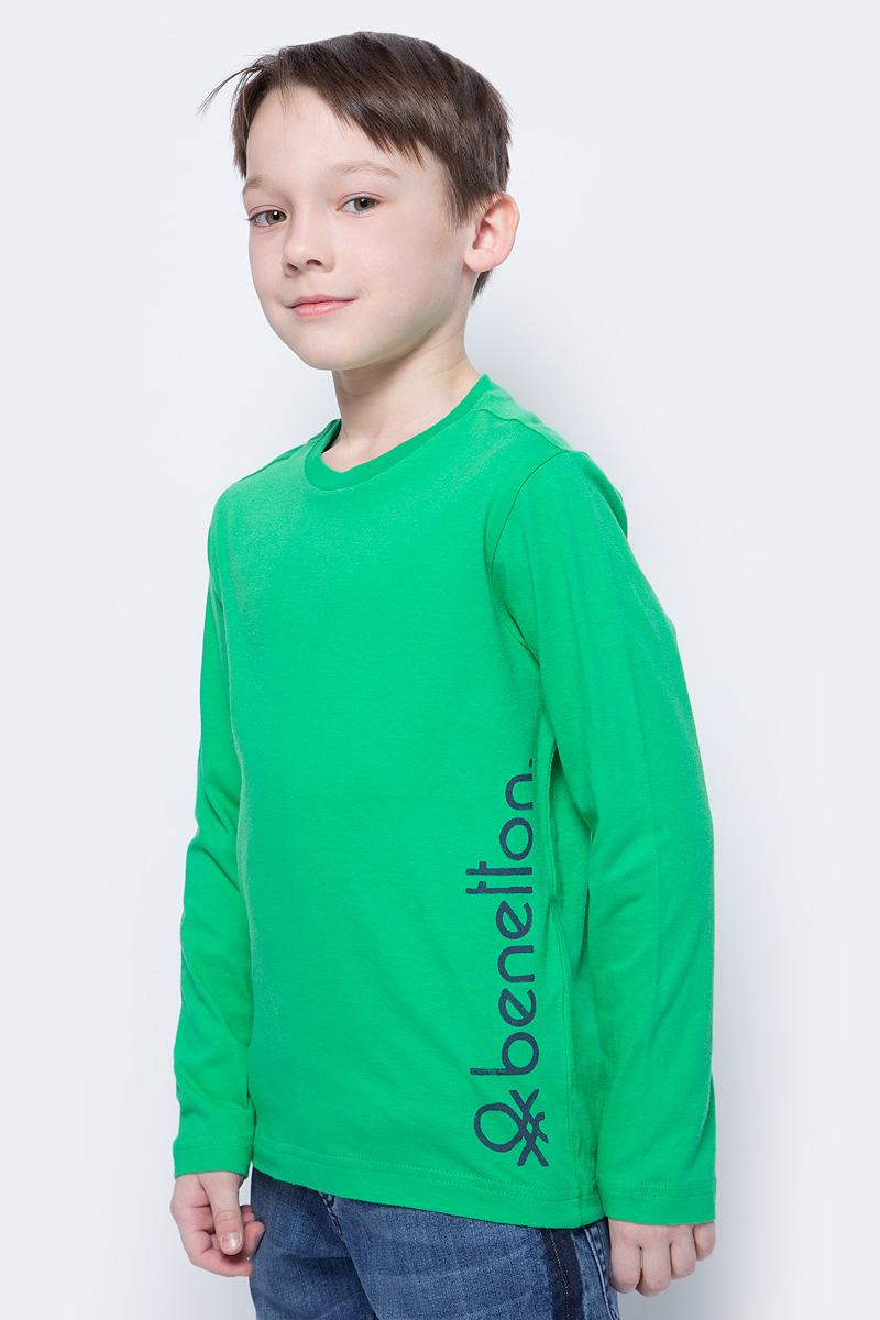 Футболка с длинным рукавом для мальчиков United Colors of Benetton, цвет: зеленый. 3I1XC13HA_108. Размер 1203I1XC13HA_108Футболка от United Colors of Benetton выполнена из натурального хлопкового трикотажа. Модель с длинными рукавами и круглым вырезом горловины.