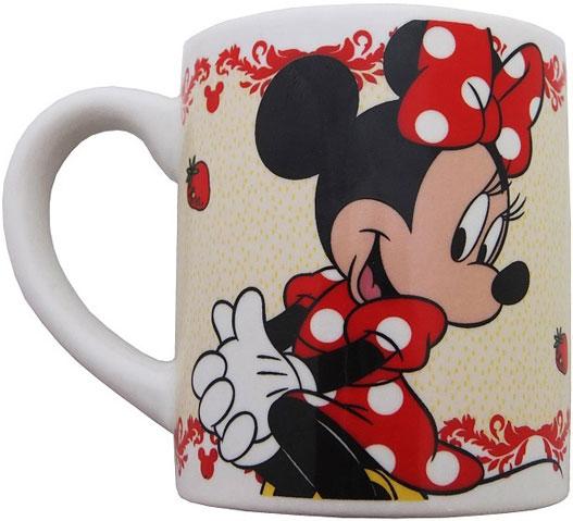 """Детская кружка Disney """"Минни"""" станет отличным подарком для вашего ребенка. Она выполнена из керамики и оформлена изображением из диснеевских мультфильмов. Кружка дополнена удобной ручкой. Такой подарок станет не только приятным, но и практичным сувениром: кружка будет незаменимым атрибутом чаепития, а оригинальное оформление кружки добавит ярких эмоций и хорошего настроения."""