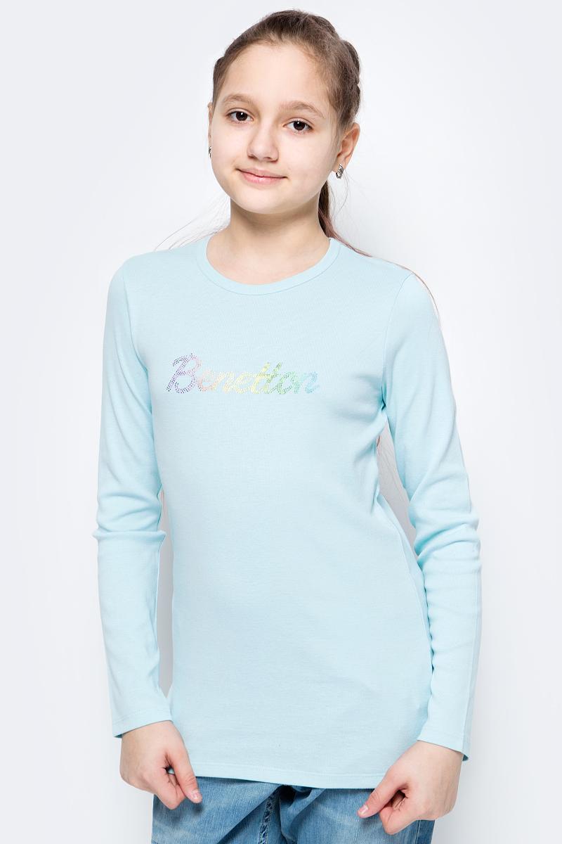 Футболка с длинным рукавом для девочек United Colors of Benetton, цвет: голубой. 3I9WC13NL_0N5. Размер 1603I9WC13NL_0N5Футболка от United Colors of Benetton выполнена из натурального хлопкового трикотажа. Модель с длинными рукавами и круглым вырезом горловины спереди оформлена брендированным принтом из страз.