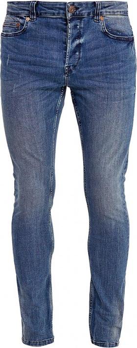 Джинсы мужские Only & Sons, цвет: синий. 22008621. Размер 32-34 (46/48-34)22008621Модные мужские джинсы Only & Sons - джинсы высочайшего качества на каждый день, которые прекрасно сидят.Модель зауженного к низу кроя и стандартной посадки изготовлена из эластичного хлопка. Застегиваются джинсы на пуговицы, также имеются шлевки для ремня.Спереди модель дополнена двумя втачными карманами и одним небольшим накладным кармашком, а сзади - двумя накладными карманами. Оформлено изделие эффектом потертости.