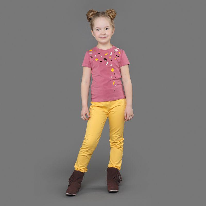Брюки для девочки Ёмаё, цвет: желтый. 41-908. Размер 11641-908Брюки из хлопкового полотна прямого кроя. Спереди и сзади выполнены поперечные вставки из этой же ткани. Также сзади имеют молнию. Брюки – необходимая часть гардероба каждой маленькой модницы! Модель рассчитана на демисезонный период.