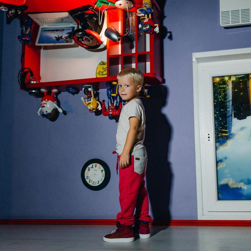 Брюки спортивные для мальчика Ёмаё, цвет: красный. 15-307. Размер 128 брюки джинсы и штанишки ёмаё ползунки для мальчика ватсон 26 290