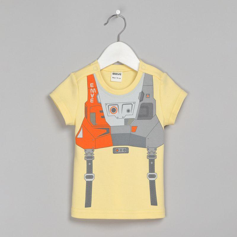 Футболка для мальчика Ёмаё, цвет: желтый. 27-242. Размер 8027-242Футболка от Ёмаё с круглым вырезом и коротким рукавом из ткани интерлок с застежками на кнопки на плечах. Модель выполнена в однотонном цвете с ярким и оригинальным принтом спереди в космическом стиле. Такая футболка и прекрасно дополнит гардероб вашего модника.