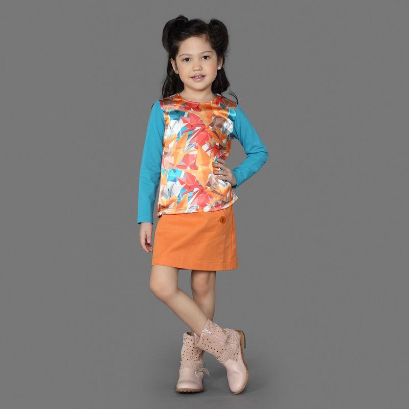 Юбка для девочки Ёмаё, цвет: оранжевый. 60-900. Размер 12260-900Юбка из однотонного хлопкового полотна прямого кроя. Имеют косую застежку из 3-х пуговиц с левой стороны. Прекрасно сочетаются с джемпером из этой же коллекции. Модель рассчитана на демисезонный период