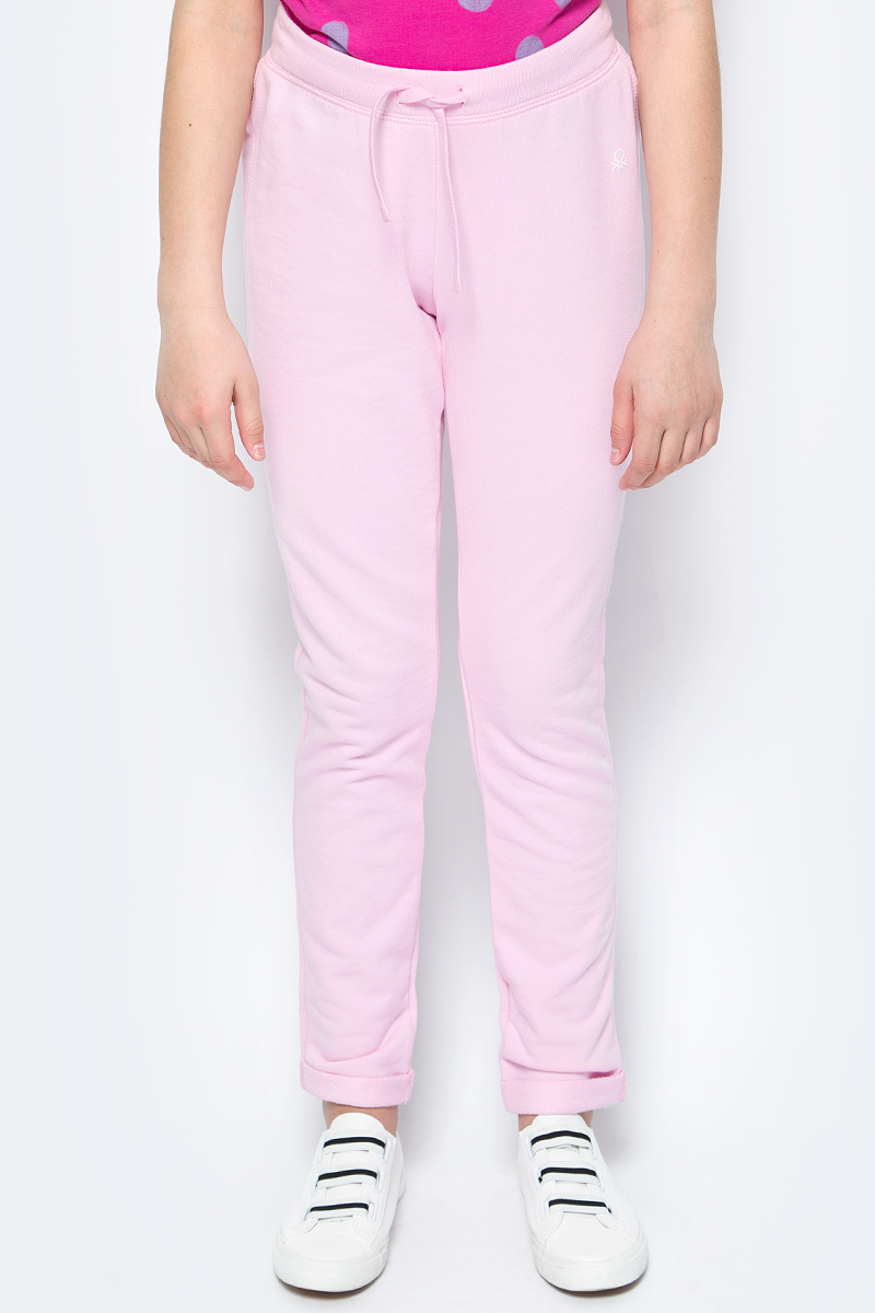 Брюки для девочек United Colors of Benetton, цвет: розовый. 3J68I0122_09H. Размер 1003J68I0122_09HТрикотажные брюки от United Colors of Benetton выполнены из натурального хлопка. Модель прямого кроя с эластичной резинкой на талии дополнена регулируемым шнурком.