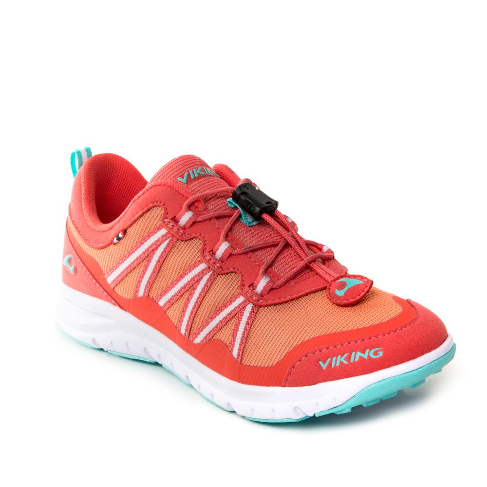 Кроссовки детские Viking Kollen, цвет: оранжевый. 3-47670-05154. Размер 353-47670-05154Кроссовки от Viking, выполненные из дышащего текстиля, оформлены декоративной тесьмой, эмблемой и названием бренда. Модель на подъеме дополнена шнуровкой, обеспечивающей надежную фиксацию обуви на ноге. Подкладка и стелька из полиэстера обеспечат комфорт при носке. Облегченная подошва из вспененного полимера оснащена рифлением, что повышает сцепление с любым покрытием, улучшает амортизацию и поглощает удары. Яркие модные кроссовки - незаменимая вещь в гардеробе вашего ребенка.