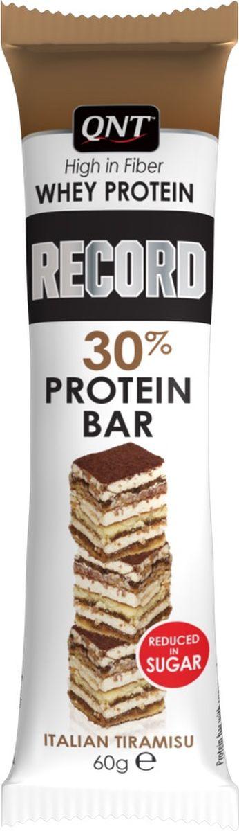 Протеиновый батончик QNT Record Bar, тирамису, 60 гQNT1158Протеиновый батончик QNT Record Bar с низким содержанием сахара без шоколадного покрытия практичен для открытых видов спорта. Высокое содержание протеина поддерживает мышечную массу. Идеальный перекус с содержанием 30% сывороточного протеина и клетчатки. Состав:Сывороточный белковый концентрат, подсластители (E965ii, E955, E950), сироп фруктоолигосахаридов, филирующие агенты (E1200, E460i), изолят молочного белка, рисовый сироп, растительный жир (масло подсолнечное, масло кокосовое масло, пальмовое масло), молочный белок, инулин, ароматизатор, кусочки песочного песка 2,5% (пшеница, сахар, растительный жир, 10% какао, сироп глюкозо-фруктозы, сухое обезжиренное молоко, соль, натуральный ароматизатор ванили, (пшеничная мука, сахар, масло 16,9%, глюкозо-фруктозный сироп, сывороточный продукт, обезжиренное сухое молоко, Стабилизаторы (E503i, E500i), соль, кислота (E330), ароматизатор), масло MCT (60% каприловая кислота, 40% каприновая кислота), загуститель (E412), эмульсия (E322) (соя), кислота (E270), регулятор кислотности (E327).