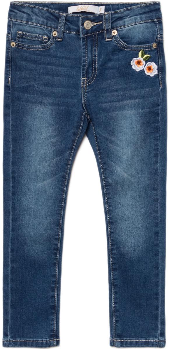 Джинсы для девочки Sela, цвет: синий джинс. PJ-535/332-8122. Размер 104, 4 годаPJ-535/332-8122Джинсы для девочки от Sela выполнены из высококачественного материала. Модель стандартной посадки застегивается на пуговицу в поясе и ширинку на застежке-молнии. Пояс имеет шлевки для ремня. Спереди джинсы дополнены двумя втачными карманами и одним накладным карманом, сзади - двумя накладными карманами. Модель оформлена вышивкой.