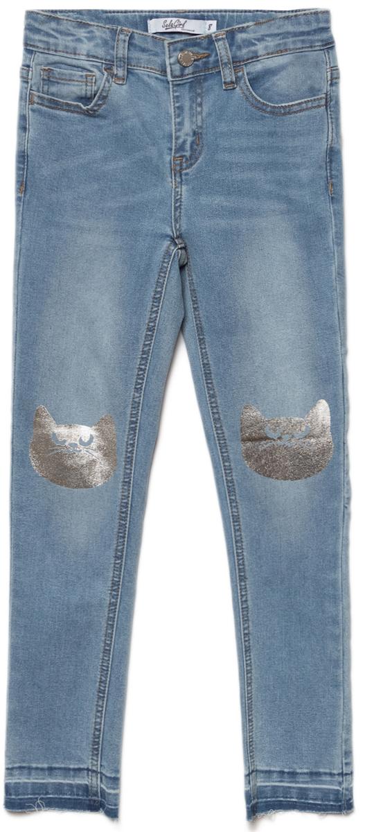 Джинсы для девочки Sela, цвет: голубой джинс. PJ-635/560-8273. Размер 152, 12 летPJ-635/560-8273Джинсы для девочки от Sela выполнены из высококачественного материала. Модель стандартной посадки застегивается на пуговицу в поясе и ширинку на застежке-молнии. Пояс имеет шлевки для ремня. Спереди джинсы дополнены двумя втачными карманами и одним накладным карманом, сзади - двумя накладными карманами. Низ штанин выполнен с эффектом необработанного края.