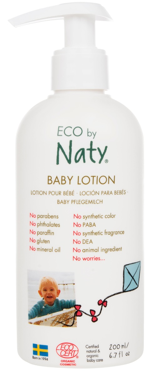Naty Лосьон детский, 200 мл7330933245593Дети, особенно новорожденные, имеют чувствительную кожу, которая из-за меняющихся погодных условий может нуждаться в дополнительной помощи в предотвращении сухости и сохранении естественной влажности.Для этого мы создали сертифицированный экологический лосьон с деликатным уровнем pH.Благодаря легкому составу, лосьон хорошо впитывается, не оставляя жирных остатков, мягко и нежно воздействуя на кожу ребенка.Содержит органическое оливковое масло, подсолнечное масло и сок листьев алоэ-барбаденсиса.Масло семян подсолнечника обогащено Omega-6 витаминами и оказывает смягчающее на кожу.Алоэ-барбаденсис, в свою очередь, хорошо известно своими целебными свойствами и увлажняющим действием на кожу.