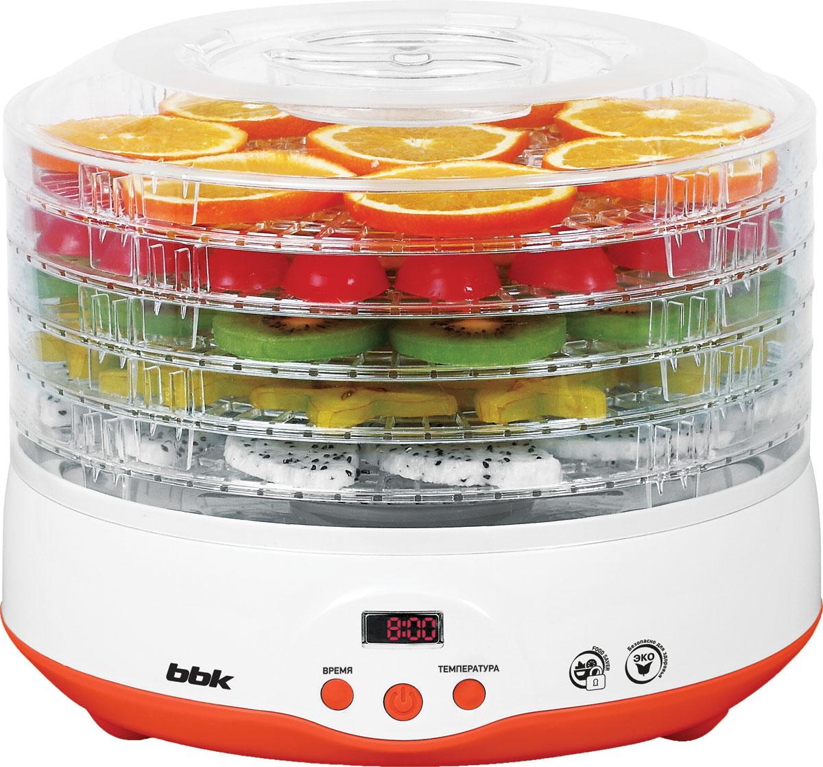 Универсальная сушка для овощей и фруктов BBK BDH204D станет отличным помощником на любой кухне. 5 емкостей для продуктов и встроенный фен обеспечивают хорошую вместимость и равномерное распределение воздушного потока, а прозрачный корпус из термостойкого пластика дает возможность контролировать процесс сушки. Для большего удобства использования модель оснащена дисплеем; настройка температуры и времени приготовления осуществляется с помощью клавиш на электронной панели управления.