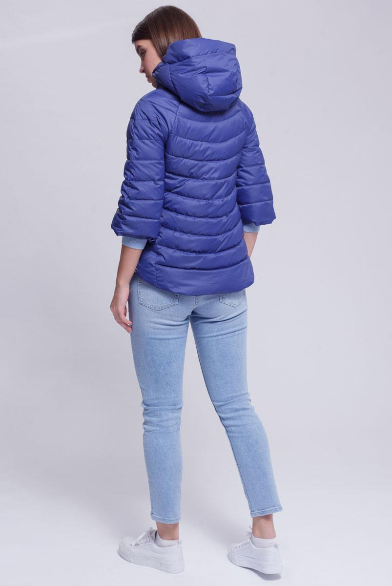Куртка женская Ampir Style, цвет: темно-синий. 1873. Размер 441873Качественная и практичная куртка российского производства. Наполнитель - холлофайбер в пух-пакетах. Можно стирать в машинке, наполнитель не убежит. На модели 42 размер куртки, параметры модели 82х64х89, рост 175 см.