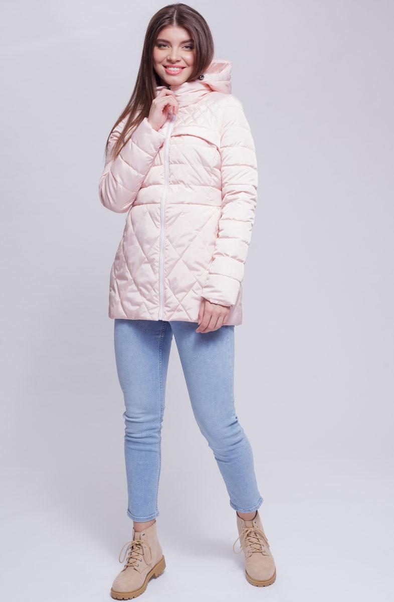 Куртка женская Ampir Style, цвет: пудровый. 8912. Размер 508912Качественная и практичная куртка российского производства. Наполнитель - холлофайбер в пух-пакетах. Можно стирать в машинке, наполнитель не убежит. На модели 42 размер куртки, параметры модели 82х64х89, рост 175 см.