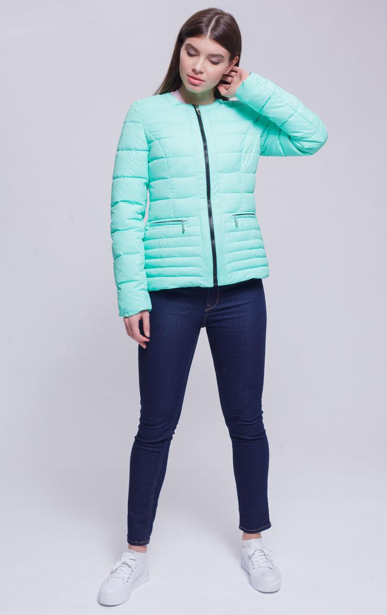 Куртка женская Ampir Style, цвет: ментол. 8915. Размер 488915Качественная и практичная куртка российского производства. Наполнитель - холлофайбер в пух-пакетах. Можно стирать в машинке, наполнитель не убежит. На модели 42 размер куртки, параметры модели 82х64х89, рост 175 см.