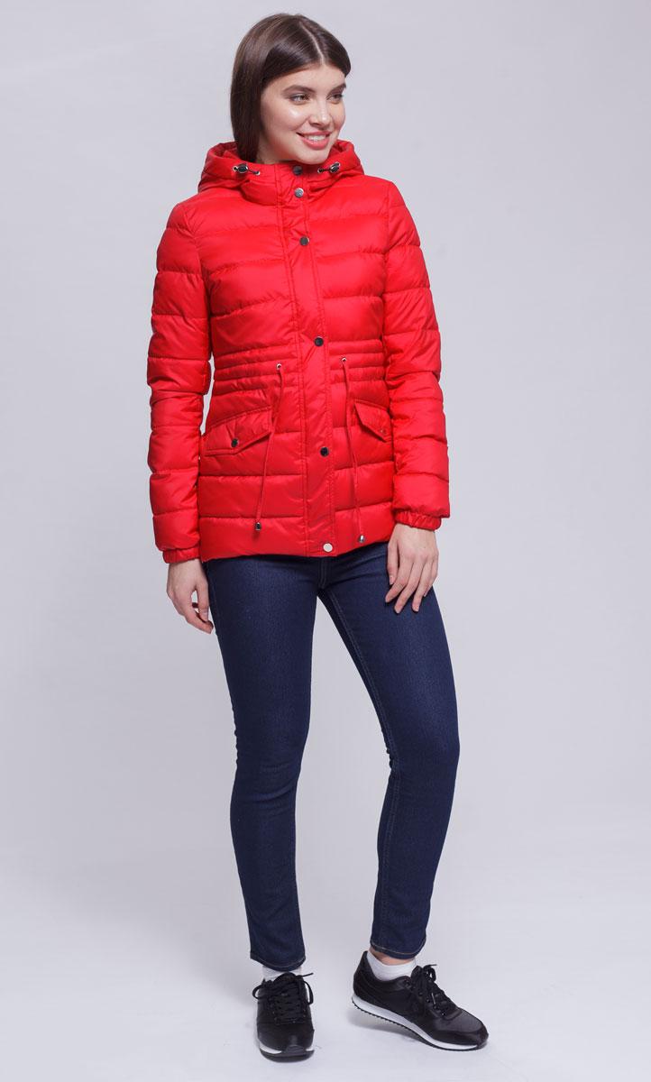 Куртка женская Ampir Style, цвет: коралловый. 8927. Размер 488927Качественная и практичная куртка российского производства. Наполнитель - холлофайбер в пух-пакетах. Можно стирать в машинке, наполнитель не убежит. На модели 42 размер куртки, параметры модели 82х64х89, рост 175 см.