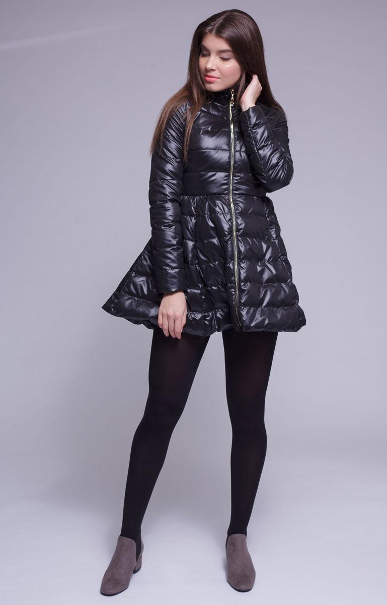 Куртка женская Ampir Style, цвет: черный. 18104. Размер 4818104Качественная и практичная куртка российского производства. Наполнитель - холлофайбер в пух-пакетах. Можно стирать в машинке, наполнитель не убежит. На модели 42 размер куртки, параметры модели 82х64х89, рост 175 см.