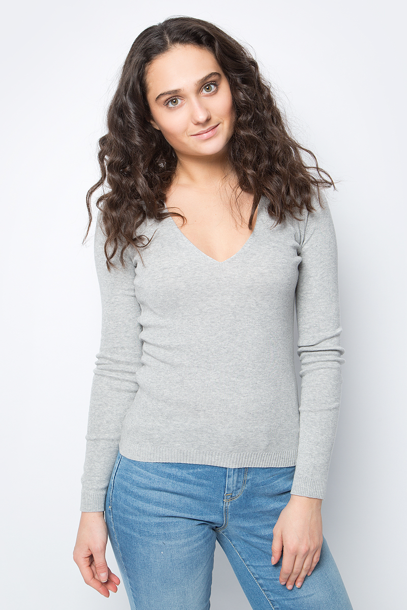 Пуловер женский United Colors of Benetton, цвет: серый. 1091D4371_501. Размер L (46/48)1091D4371_501Пуловер от United Colors of Benetton выполнен из натуральной хлопковой пряжи. Модель с длинными рукавами и глубоким V-образным вырезом горловины.
