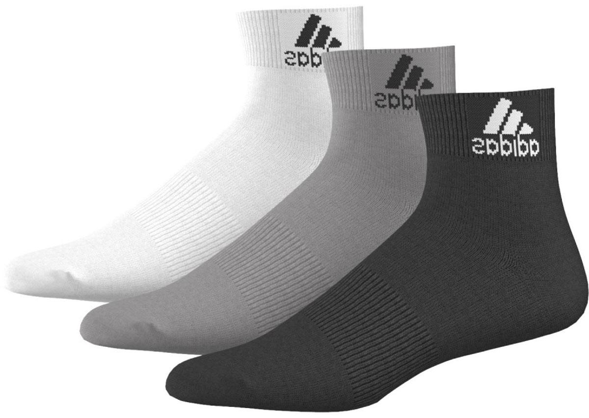 Носки Adidas Per Ankle T, цвет: черный, белый, серый, 3 пары. AA2322. Размер 43/46AA2322Носки adidas изготовлены из высококачественного эластичного хлопка с добавлением полиэстера и полиамида. Укороченные носки с поддержкой стопы имеют эластичную резинку, которая надежно фиксирует носки на ноге. В комплект входят 3 пары носков разных цветов.