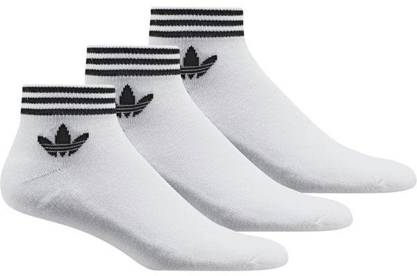 Носки Adidas Trefoil Ank Str, цвет: белый, 3 пары. AZ6288. Размер 43/46AZ6288Носки adidas изготовлены из высококачественного эластичного хлопка с добавлением полиэстера и полиамида. Укороченные носки с поддержкой стопы имеют эластичную резинку, которая надежно фиксирует носки на ноге. В комплект входят 3 пары носков.