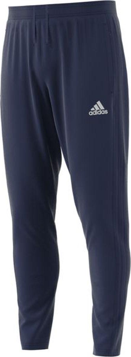 Брюки мужские Adidas Con18 Tr Pnt, цвет: темно-синий, белый. CV8243. Размер M (48/50)CV8243Стильные мужские брюки от Adidas выполнены из полиэстера по технологии Climacool, отводящей влагу наружу. Модель зауженного кроя с эластичной резинкой в поясе и шнурком для регулировки. По бокам предусмотрены карманы с застежками-молниями. В нижней части брючины расположена короткая застежка-молния.