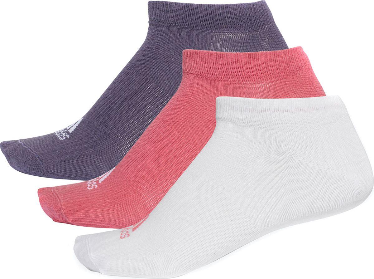 Носки женские Adidas Per No-Sh T, цвет: белый, розовый, фиолетовый, 3 пары. CF7372. Размер 39/42CF7372Носки женские adidas Per No-Sh T изготовлены из высококачественного эластичного хлопка с добавлением полиэстера и полиамида. Укороченные носки с поддержкой стопы имеют эластичную резинку, которая надежно фиксирует носки на ноге. В комплект входят 3 пары носков разных цветов.