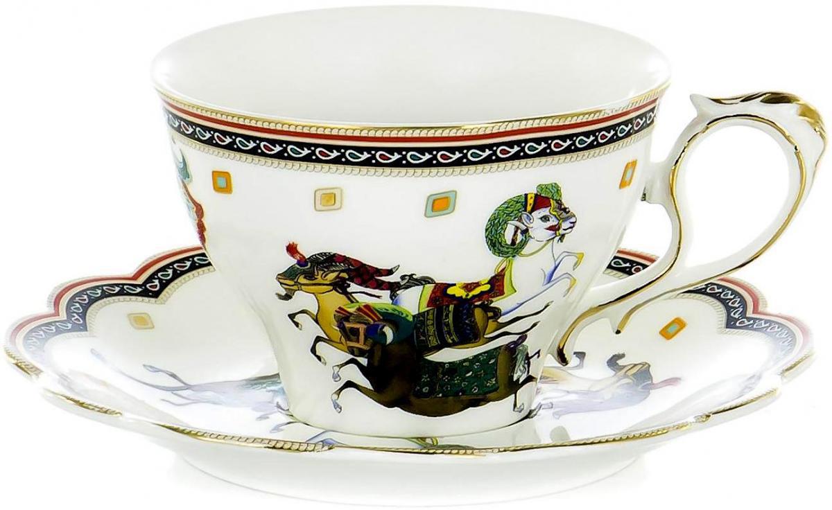"""Чайная пара """"Olaff"""" состоит из блюдца и чашки. Набор изготовлен из высококачественного фарфора и оформлен стильным рисунком. Такой набор подходит для подачи чая. Изящный дизайн придется по вкусу и ценителям классики, и тем, кто предпочитает утонченность и изысканность. Он настроит на позитивный лад и подарит хорошее настроение с самого утра. Чайный набор"""