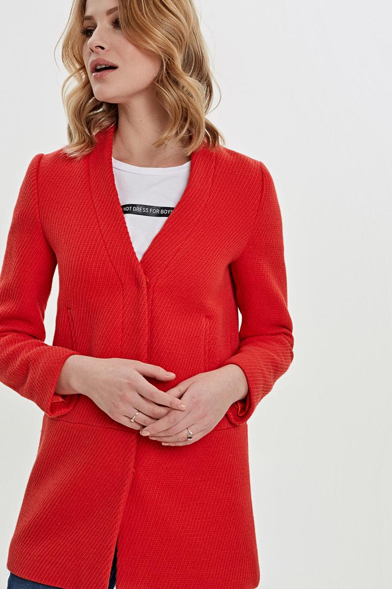 Пальто женское Concept Club Mare, цвет: красный. 10200610046_1500. Размер XL (50)10200610046_1500Женское пальто Concept Club Mare выполнено из хлопка. Модель с V-образным вырезом горловины застегивается на кнопки. Спереди расположены прорезные карманы.