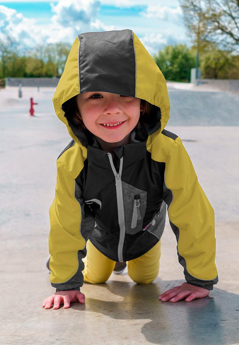 Куртка для мальчика Oldos Active Динэй, цвет: горчичный, серый. 3A8JK14. Размер 98, 3 года3A8JK14Функциональная, практичная куртка 3 в 1 из мембранной коллекции от Oldos Active. Верхняя ткань с мембраной обеспечивает водонепроницаемость, при этом одежда дышит. Покрытие Teflon повышает износостойкость, а также облегчает уход. Куртка прекрасно защитит от непогоды благодаря продуманному функционалу: капюшону, который отстегивается при необходимости, манжетам на резинке, регулируемой утяжке по низу. Флисовая подстежка отстегивается и ее можно носить как самостоятельную флисовую кофту: она изготовлена из флиса с двумя карманами и воротником-стойкой. Также куртка оснащена карманами на молнии, светоотражающими элементами. Внутри есть нашивка-потеряшка.