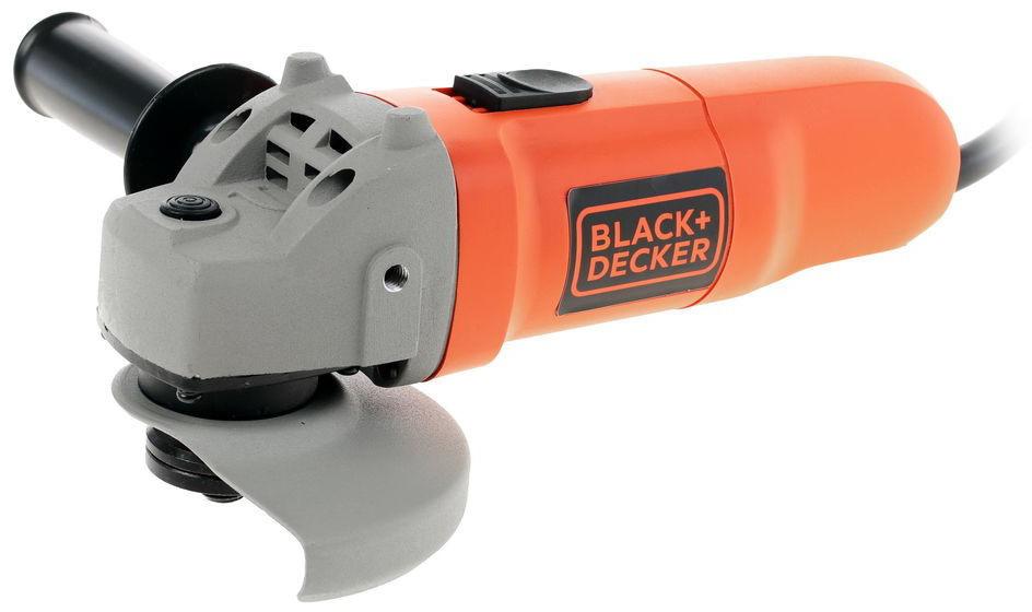 Машина углошлифовальная Black&Decker. KG115KG115Угловая шлифовальная машина Black&Decker KG115 предназначена для выполнения таких работ, как шлифовка, зачистка поверхностей и резка деталей из различных материалов. Дополнительная рукоятка способствует надежному удержанию инструмента, она может устанавливаться слева или справа. Диск закрыт металлическим кожухом, благодаря чему оператор защищен от случайного контакта с режущим элементом, а так же исключается вылет мелкой стружки и искр в глаза и на одежду. Диаметр диска: 115 мм. Мощность: 750 Вт.